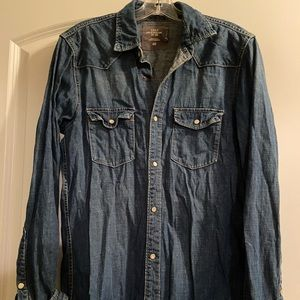 H&M Jean button down long sleeve shirt size small